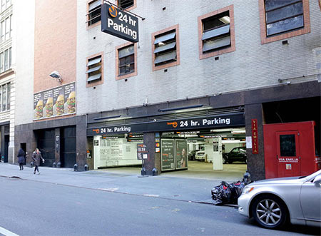 41-47 E 21st St, New York | Parking for Gynecology NYC